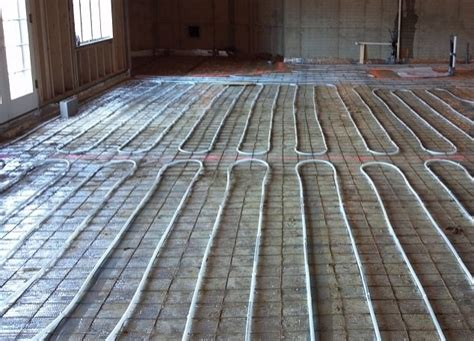 how to install radiant heating under hardwood floors