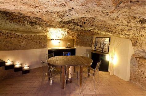 comfortable apartment   cave  sicily