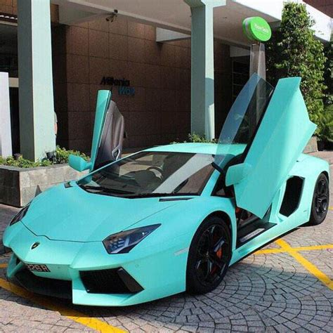Tiffany Blue Lamborghini
