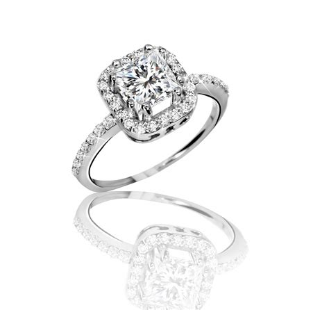 finding a quality engagement ring at reasonable prices