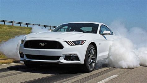 2015 ford mustang v8 gt review carsguide 2015 ford mustang v8 gt review carsguide