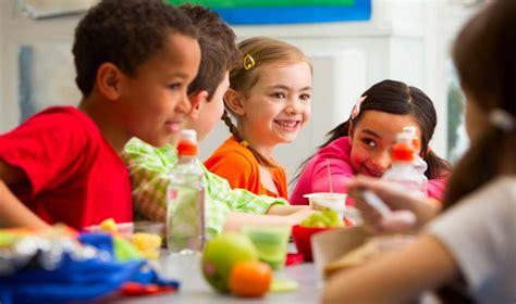 restaurantes  almocar  jantar  criancas em curitiba