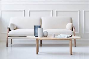 An iconic sofa gets a matching coffee table logopo for Sofa table with matching coffee table