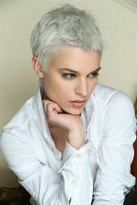 Coupe Courte Femme Cheveux Gris : 114 magnifiques photos de coiffure courte cheveux ~ Melissatoandfro.com Idées de Décoration