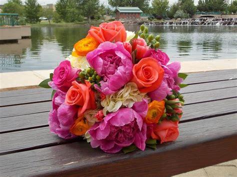 Bright Summer Wedding Flowers