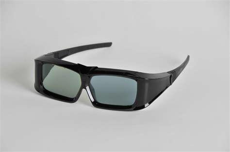 Xpand Debuts Universal 3d Glasses