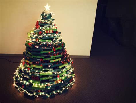 20 Unusual Christmas Trees