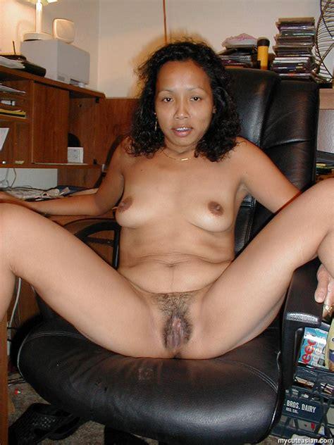 mycuteasian filipino amateur wife dildos her asian pussy pics