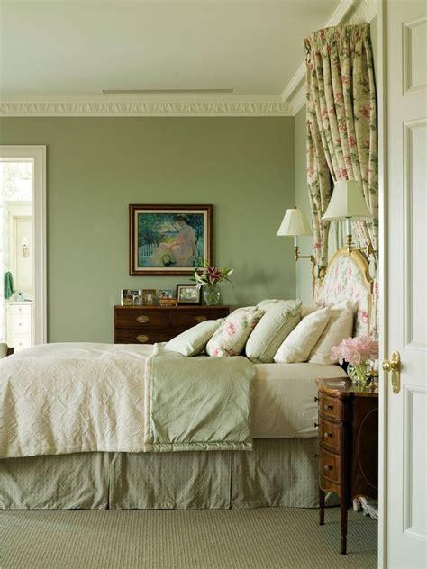 green bedrooms ideas  pinterest green