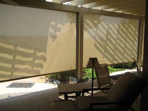retractable sun shades vertical screens