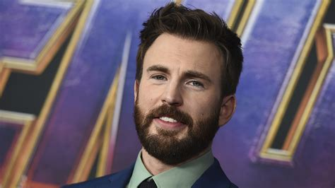 Chris Evans Responds to Accidental Nude Photo Leak on ...