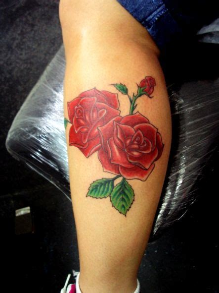 tattoos flores  galhos images  pinterest tattoo floral tattoo flowers  branches