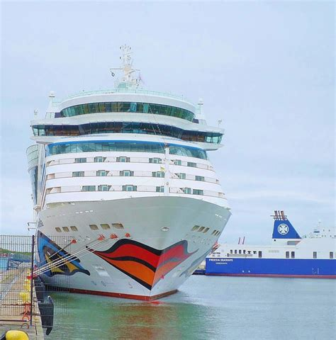 Free Photo Kiss Mouth Cruise Ship Aida - Free Image On Pixabay - 637707