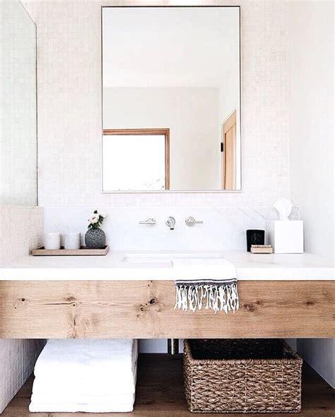 Badezimmer Regal Unter Spiegel by Modernes Schlichtes Badezimmer Mit Waschtisch Holz Regal