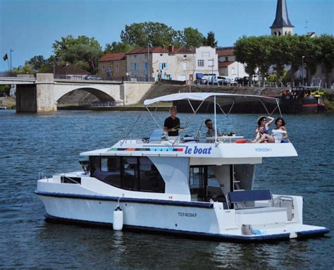 Le Boat by Small Ship Cruise Line Review Le Boat S Self Hire Yachts