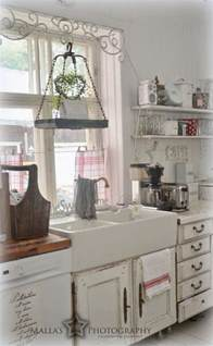 wooden kitchen island 35 cozy and chic farmhouse kitchen décor ideas digsdigs