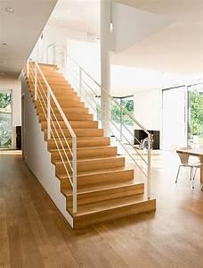 Treppe Im Wohnzimmer : treppen von traditionell bis modern sch ner wohnen ~ Lizthompson.info Haus und Dekorationen