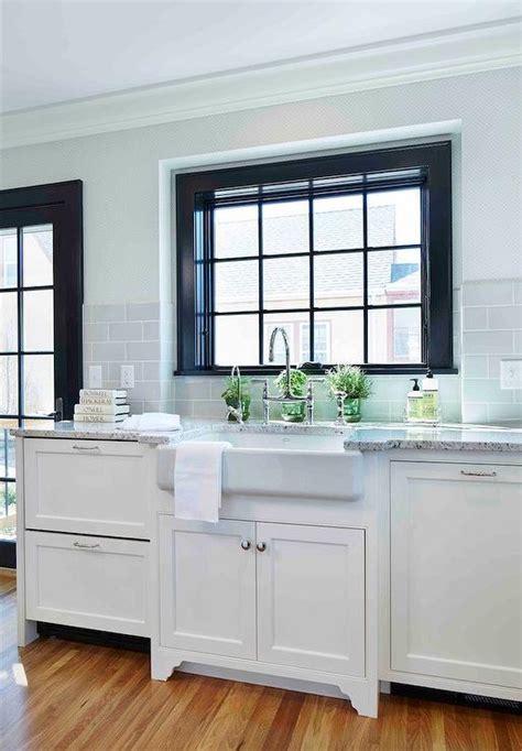 Roman White Granite Countertops   Transitional   Kitchen