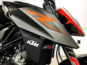 Duke 1290 R : review 2017 ktm 1290 super duke r bike review ~ Medecine-chirurgie-esthetiques.com Avis de Voitures