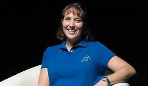 Women@NASA » Dottie Metcalf-Lindenburger
