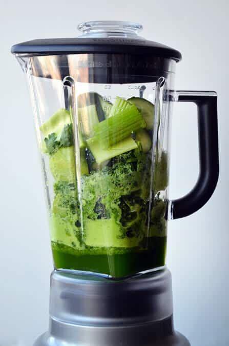 green juice in a blender recipe