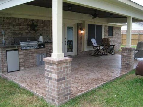 Covered Patio Like The Brick Posts