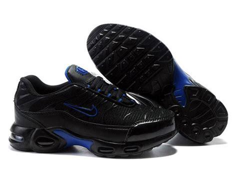 pouf noir pas cher air max nike tn requin chaussures de basket pas cher pour enfant garcon fille noir bleu