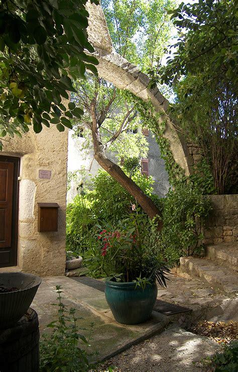 chambre d hotes forcalquier about apdestination alpes provence destination
