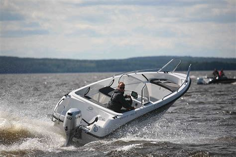 Open Stern Fishing Boat by Amt 150 R Review Responsive Runabout Boats