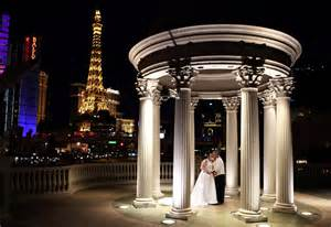 weddings in las vegas outdoor las vegas weddings wedding photography