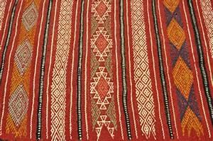 un tapis kilim vous apportera au paradis oriental de la With tapis kilim avec canapé lit toulouse