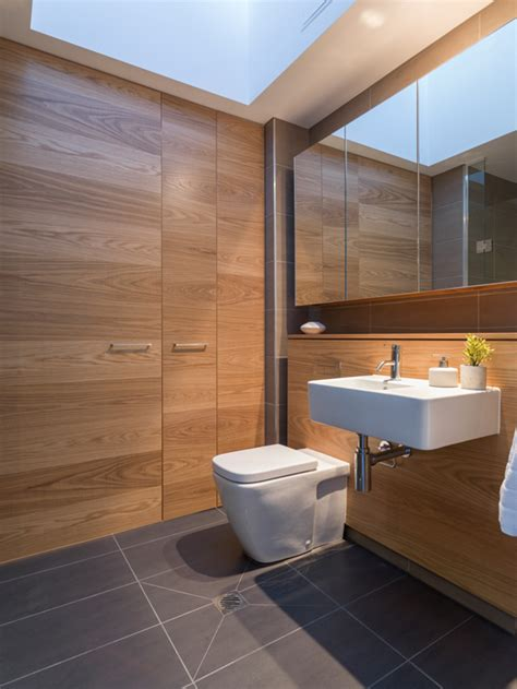 caroma cube wall faced invisi series ii toilet suite