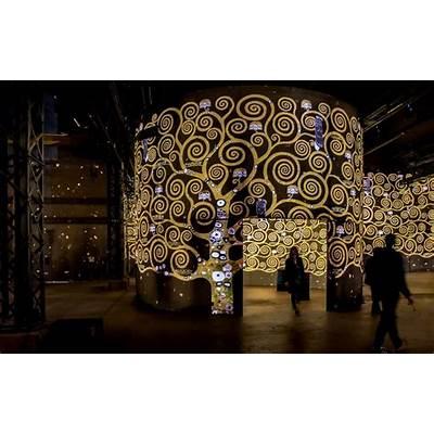 Atelier des Lumières and Musée Yves Saint Laurent: Visit