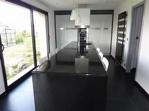Plan De Travail Noir Brillant : cuisine b ta laque brillante m talis e et granit noir ~ Dailycaller-alerts.com Idées de Décoration