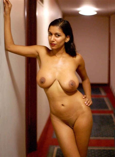 Nude Indian Aunty Showing Her Big Milk Boobs F
