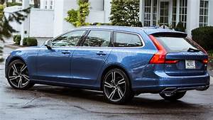 2018 Volvo V90 impresses with solid tech and good looks