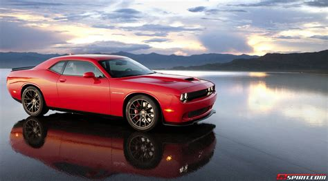 hellcat challenger dodge challenger srt hellcat has 707hp and 650lb ft