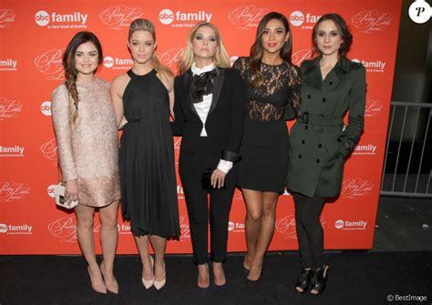 Sasha Pieterse, Ashley Benson, Lucy Hale, Shay Mitchell ...