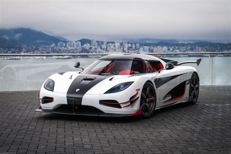koenigsegg vancouver koenigsegg canada celebrates first deliveries at vancouver