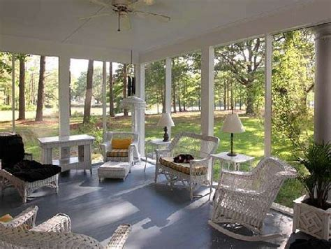 beautiful screened porches tour these beautiful historic waterfront homes in virginia