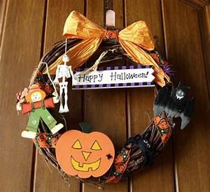 Bastelideen Für Halloween : bastelideen f r halloween t rkranz die richtig gro artig aussehen ~ Whattoseeinmadrid.com Haus und Dekorationen