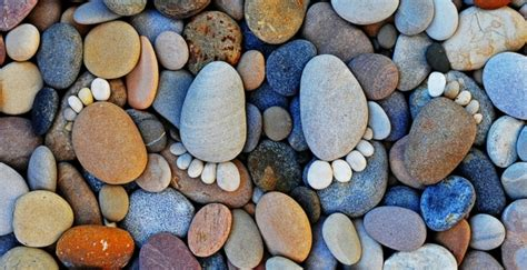 gartendekorationen steinfuesse sind tolle sommerdeko