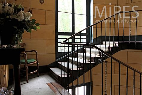 escalier m 233 tal et bois mur d 233 chiffre en c0926 mires