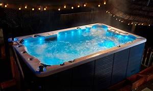 whirlpools canadian whirlpools With whirlpool garten mit balkon sonnenschirme für geländer