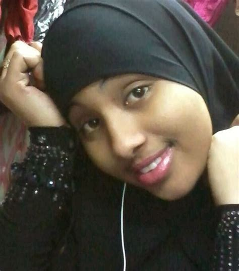 The Gallery For --> Somali Dhilooyin