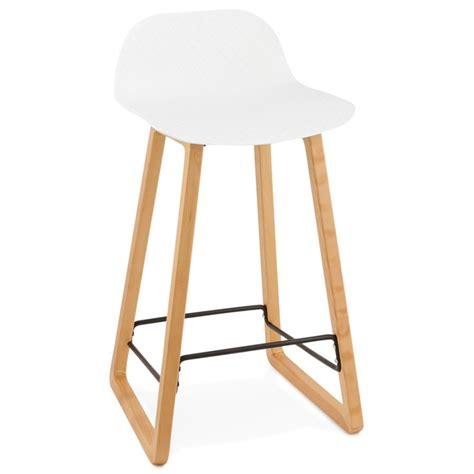 chaise de bar blanc tabouret de bar chaise de bar mi hauteur scandinave mini blanc