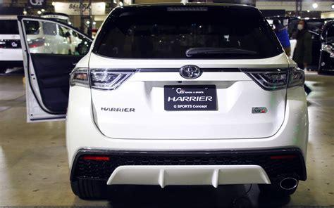 toyota harrier 2016 interior comparison toyota harrier 2016 premium hybrid vs kia