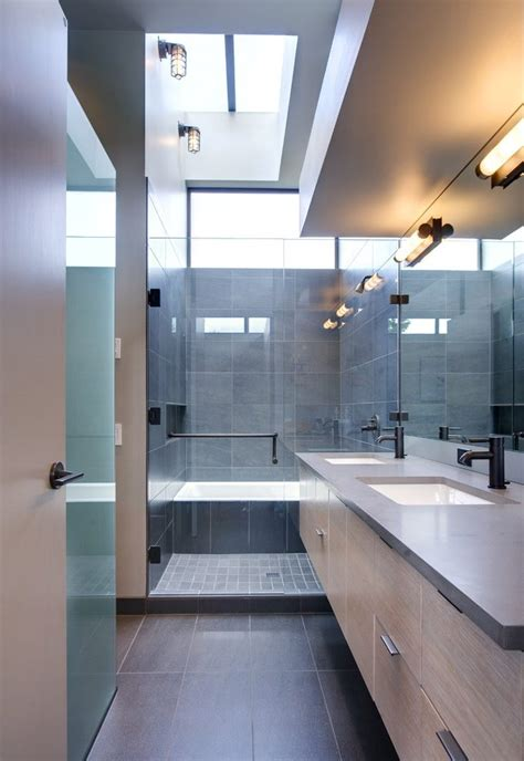 Bathroom Fixtures Los Angeles by Los Angeles Bathrooms With Rubbed Bronze Fixtures