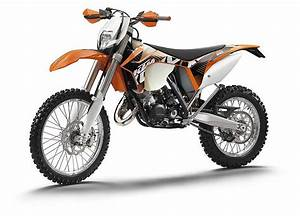 Ktm Exc 125 : 2012 ktm 125 exc review top speed ~ Medecine-chirurgie-esthetiques.com Avis de Voitures