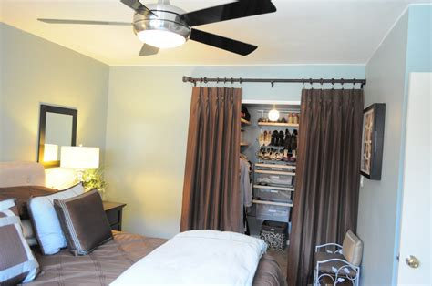 Organize A Small Bedroom by How I Organize My Bedroom My Closet Organizing Made